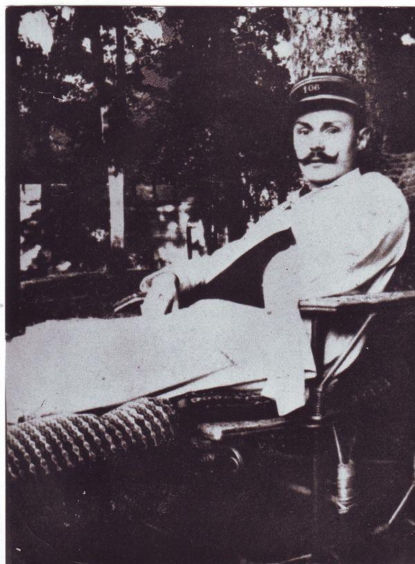 Maurice Genevoix blessé