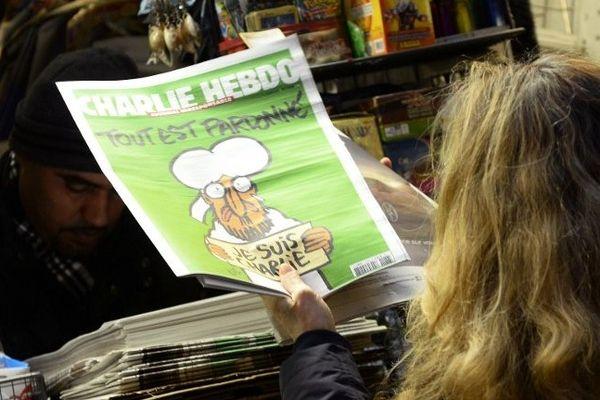14/01/15 - Charlie Hebdo épuisé dans tous les points de vente de France