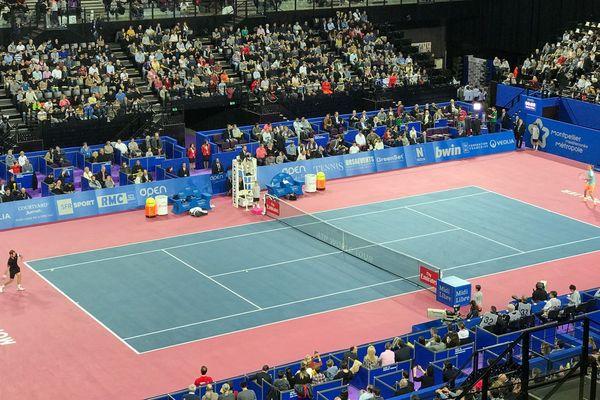 Le joueur de tennis héraultais Richard Gasquet, battu en finale par le jeune Allemand Zverev, ne réalise pas le triplé escompté, à l'Open Sud de France de Montpellier.