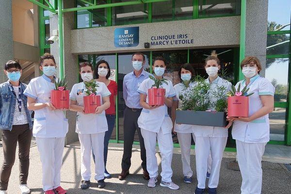 Des plantes d'intérieur pour adoucir le confinement dans des Ehpad et établissements de santé de l'ouest Lyonnais : l'entreprise Yanomami voulait remercier le personnel soignant 10/04/20