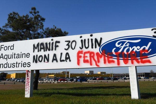 Le panneau d'entrée du site de Ford à Blanquefort, photographié le 26 février 2019.