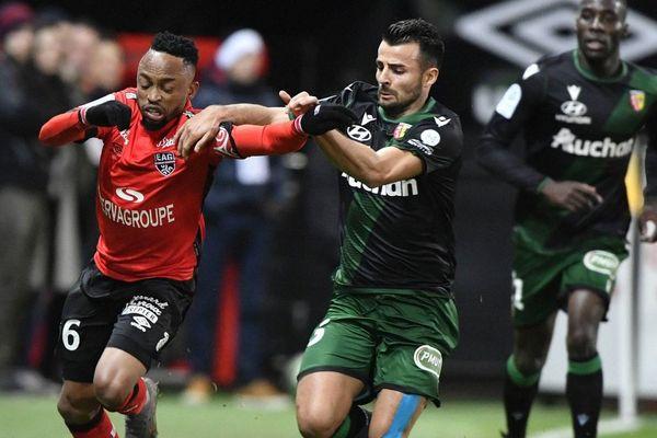 Corentin Jean lors d'un match entre Lens et Guingamp, en janvier.