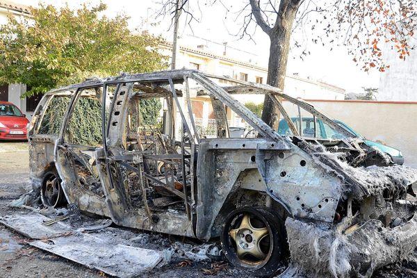 Voiture incendiée à Carcassonne. Illustration.