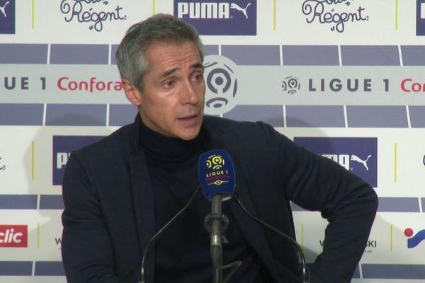 Paulo Sousa lors d'une conférence de presse le 3 février 2020 sur les mauvais scores du club.