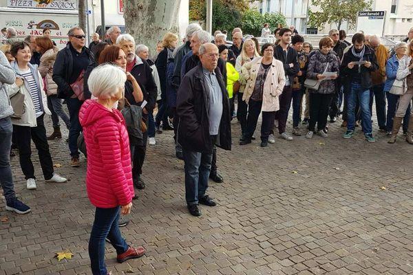 """Les habitants de Saint-Barnabé manifestent contre le projet de construction d'un hôpital """"monstre"""""""