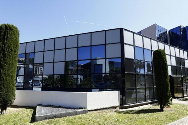 Façade de l'institut culturel En-Nour, situé à l'ouest de Nice.