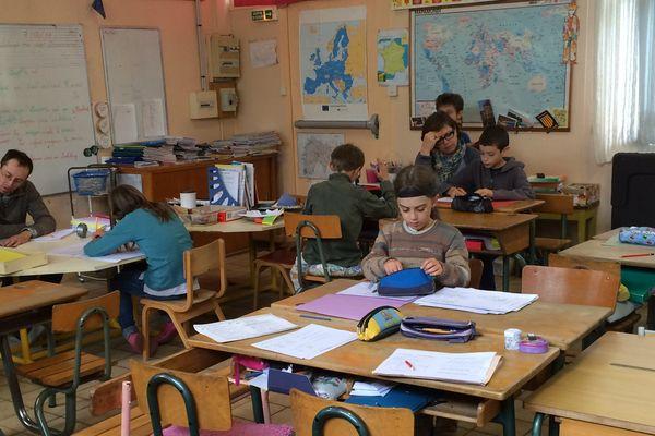 L'école occitane d'Aurillac, la Calandreta, accueille en moyenne 28 enfants. A ses débuts, ils étaient une petite dizaine