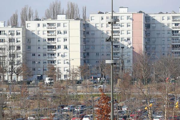 Le quartier de Hautepierre fait partie des 7 quartiers prioritaires strasbourgeois qui vont pouvoir s'engager dans une transition économique, sociale, urbaine et énergétique.
