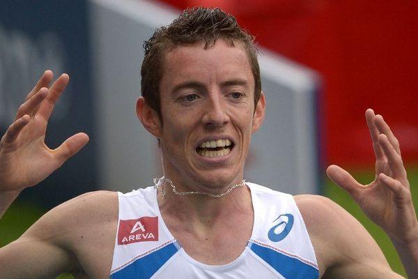 Il a couru le 3000m steeple en 8:36.27