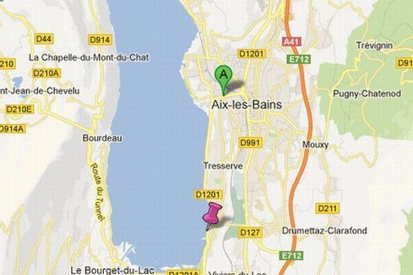 Partie de l'avenue du petit port, l'ambulance longeait le lac du Bourget quand la petite fille est venue au monde.