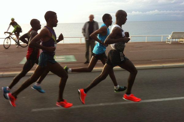 L'éthiopien Hailu est arrivé le premier à Cannes dimanche, après 2 h 09' 26''.