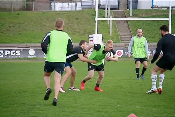 Les joueurs du Rouen Normandie Rugby club à l'entraînement