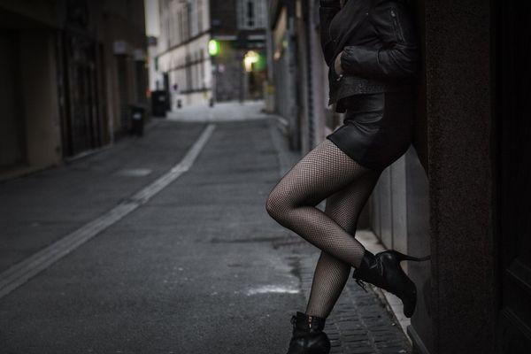 D'après l'étude, beaucoup des jeunes entrées dans la prostitution ont connu la déscolarisation (illustration).