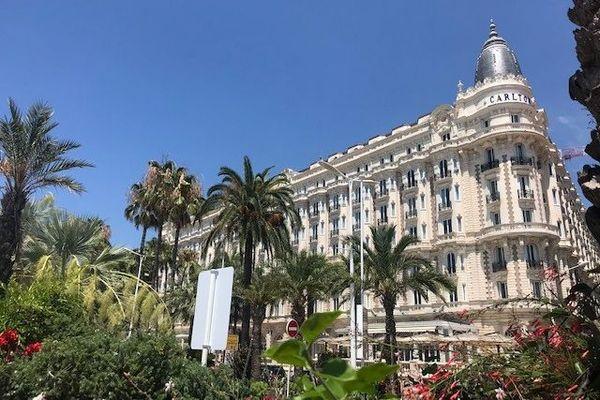 Le Carlton, célèbre palace sur la Croisette à Cannes (Alpes-Maritimes), restera fermé jusqu'au mois de septembre.