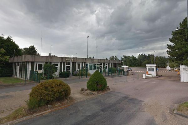 Le centre de rétention administrative de Oissel est sous tension.