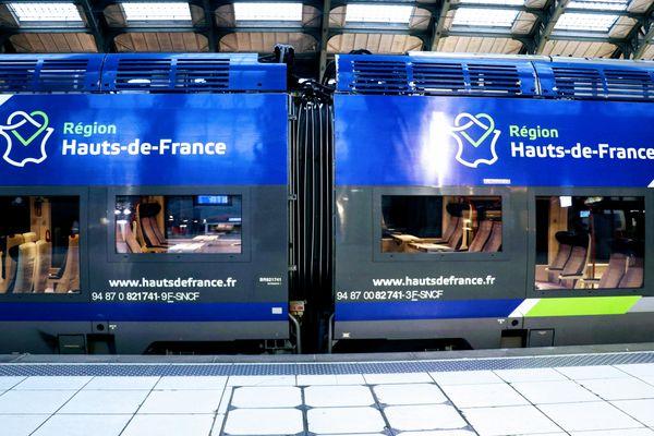 Un TER en gare Lille-Flandres