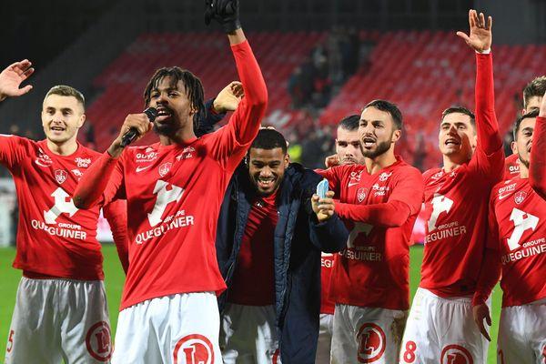 Fin de saison pour le Stade Brestois et l'ensemble des clubs sociétaires de Ligue 1 et Ligue 2