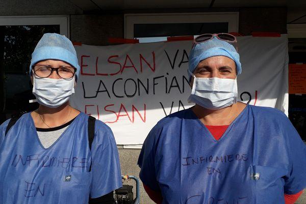 Sophie (gauche) et Susana travaillent à la clinique depuis 7 et 9 ans respectivement