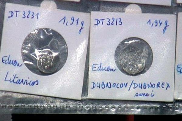 Ces pièces gauloises ont été pillées dans un terrain de Laignes, en Côte-d'Or.