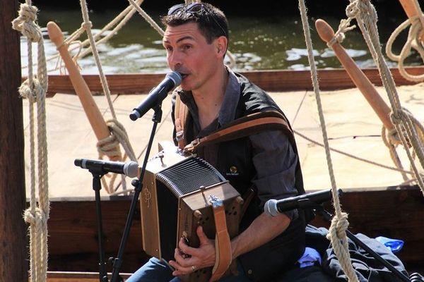 Benoît Le Toumelin, facteur et musicien.