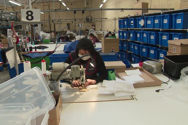 L'atelier de confection produit désormais quelque 1.000 masques par jour