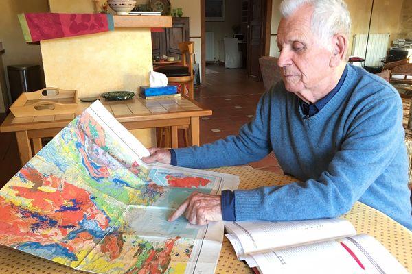 Jean-Claude Bousquet est géologue, selon lui le risque d'un tremblement de terre d'une magnitude importante est peu probable en Languedoc-Roussillon.