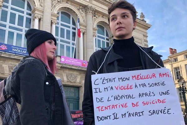 Ce samedi 18 janvier 2020, sur la place de la Comédie à Montpellier, des centaines de femmes ont décidé d'exprimer les violences qu'elles ont vécues.