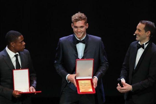 Kévin Mayer et Eliud Kipchoge ce mardi 4 décembre 2018 à Monaco.