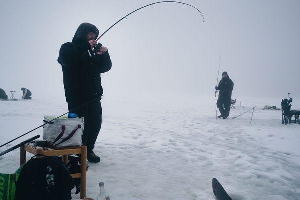 Les pêcheurs ne pourront pas profiter de l'ouverture sur la glace cette année.