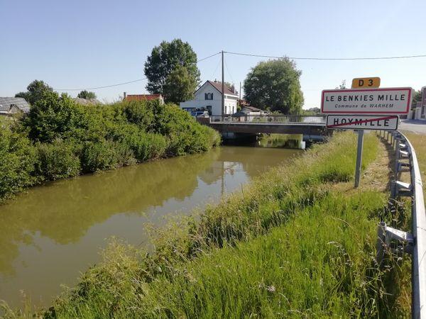 Pont et Hameau du Benkies Mille à Warhem.