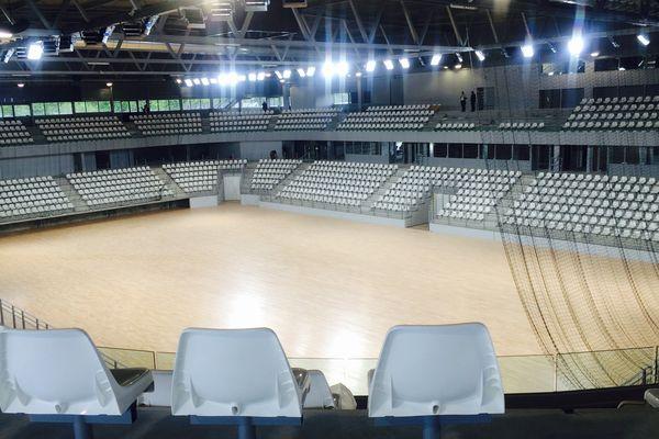 La nouvelle salle métropolitaine à Rezé la Trocardière (6000 places)  accueillera les matchs du HBN durant 3 ans