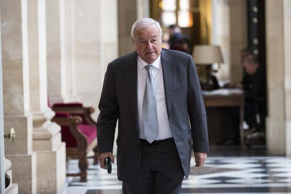 Paris le 19 janvier 2016 : le député Bernard Brochand, salle des quatre colonnes à l'Assemblée Nationale.