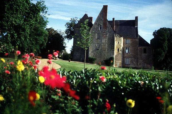 Propriété de la famille Métadier jusque dans les années 50, le château de Saché abrite le musée Balzac, créé par Paul Métadier.