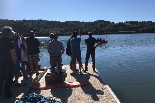 Le comité territorial de voile a organisé une journée consacrée à la sécurité au lac d'Aydat.