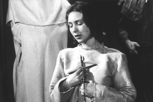 Florence Delay dans Le procès de Jeanne d'Arc, film de Robert Bresson de 1962