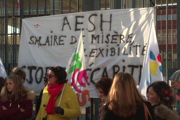 Il y a plus de 1 000 AESH dans l'académie de Limoges.