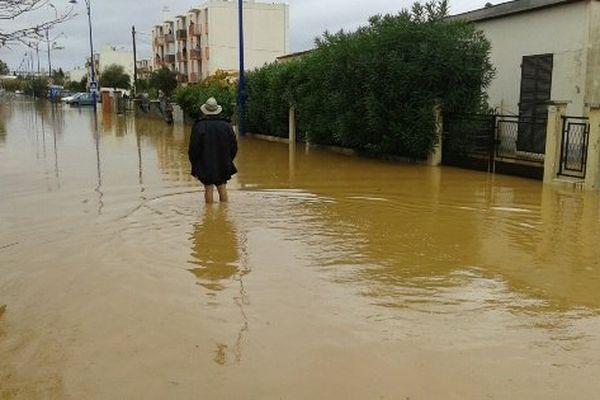 Les inondations dans le Var , le quartier des salins à Hyères