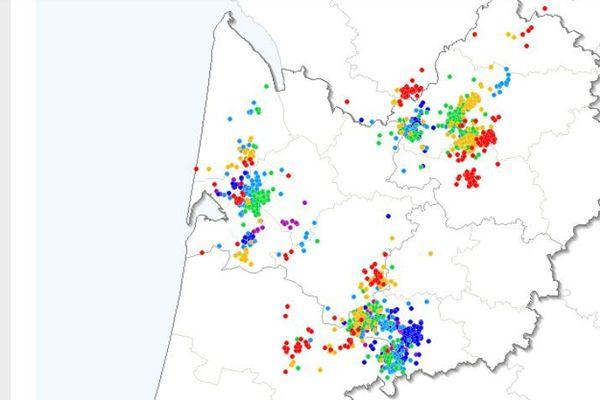 Les impacts de foudre relevés par le site Keraunos sur l'Aquitaine ces deux dernières heures