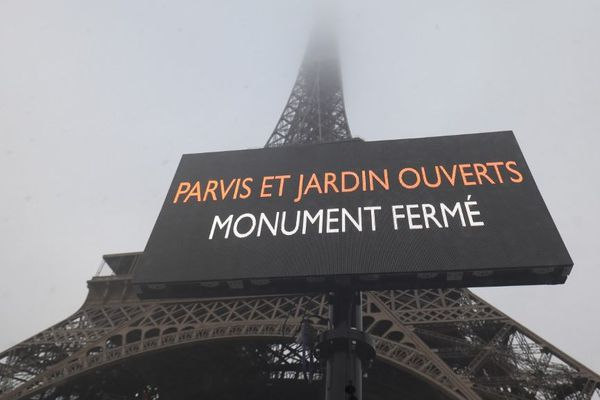 Des rafales atteignant les 132 km/h ont été relevées en haut de la tour Eiffel. (Illustration)