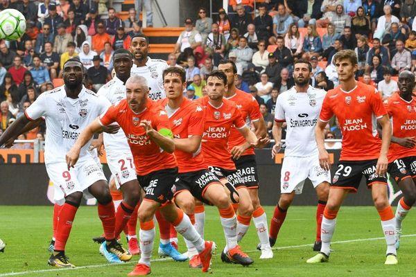 6e journée de Ligue 2  : FC Lorient / Guingamp au stade du Moustoir