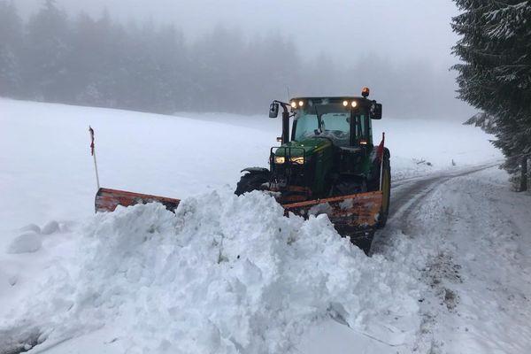Importantes chutes de neige ce jeudi 10 décembre 2020 à Meymac en Corrèze