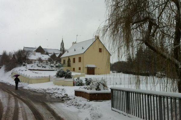 Près de 15 cm de neige à St Agathon, près de Guingamp (22)