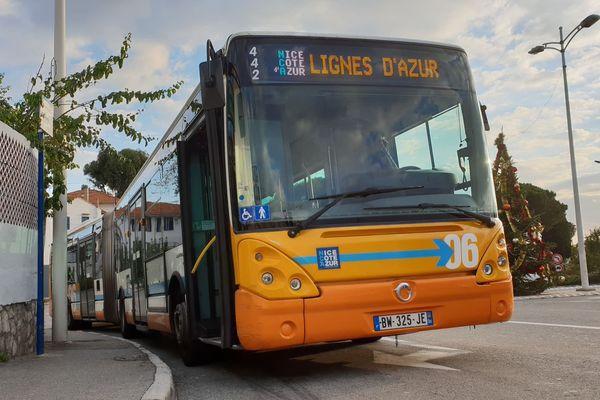 Lignes de bus à Nice.