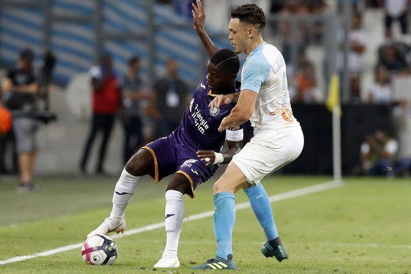 Capitaine, buteur, et meneur d'hommes depuis quelques saisons, le Franco-Ivoirien Max-Alain Gradel est le plus gros salaire du TFC... Mais il est blessé depuis plusieurs mois.