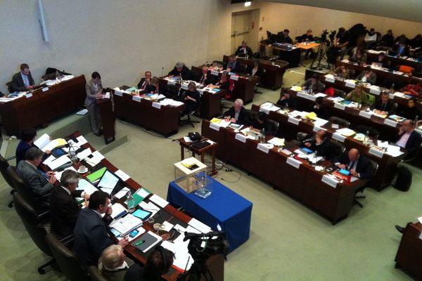 Les élus régionaux lors du vote du budget 2014.