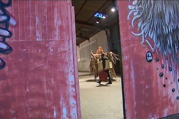 Mix'art : 4 000 m² d'ateliers d'artistes dans les anciennes usines Myris.