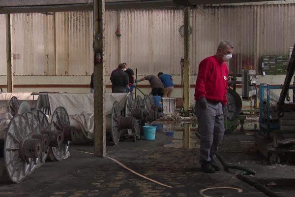 Le personnel pleinement mobilisé pour nettoyer et évaluer les dégâts.