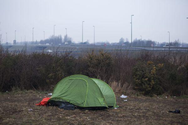 Les trois garçons sont passés par Calais.