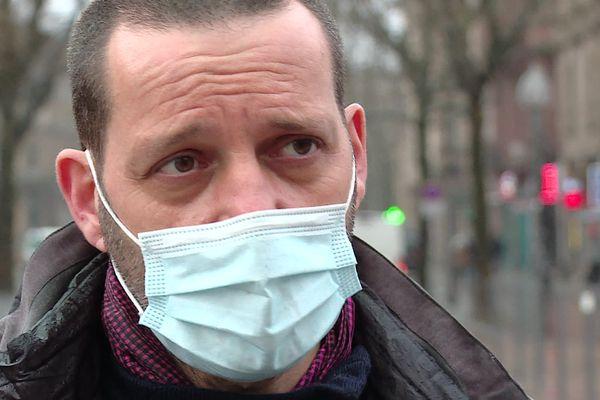 Le journaliste français Édouard Perrinune nouvelle fois face au cabinet d'audit luxembourgeois PWC, dans une suite de l'affaire Luxleaks.