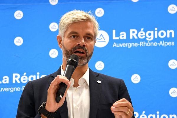 """""""On veut arrêter de subir le digital et l'utiliser comme un allié"""", a expliqué Laurent Wauquiez en conférence de presse jeudi 5 novembre."""